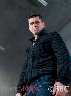 soapstyle_eastenders_jack_knitted_jacket_on_screen