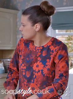 SoapStyle.co.uk - Hollyoaks - Lindsey's Red & Blue Floral Blouse - 22nd April - On Screen