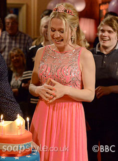 SoapStyle.co.uk - EastEnders - Linda's Birthday Dress - On Screen