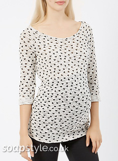 SoapStyle - Hollyoaks - Lindsey's Grey Heart Print Top - Where From