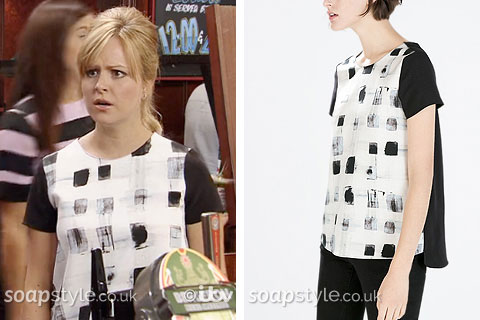 Sarah-Louise Platt wearing her grey square print top in Coronation Street