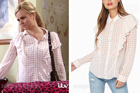Sarah Platt (Tina O'Brien) wearing her pink gingham print shirt in Coronation Street