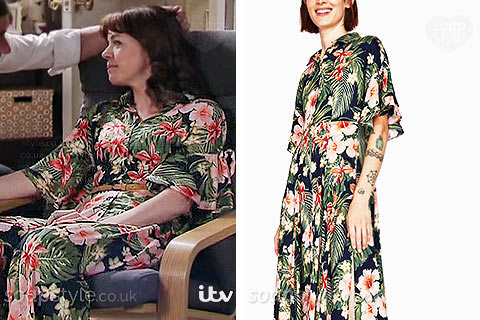 Toyah Battersby wearing her tropical flower maxi dress in Coronation Street