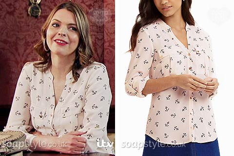 Tracy Barlow wearing an anchor print blouse / shirt in Corrie