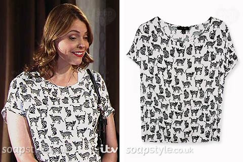 Tracy Barlow (Kate Ford) wearing her cat print t-shirt in Coronation Street